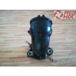 SZÍVÓCSONK gumi 2 csatlakozós GY6 125-150cc robogóhoz 22 mm