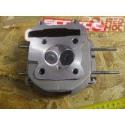 Hengerfej GY6 125-150cc robogó blokkhoz szerelt